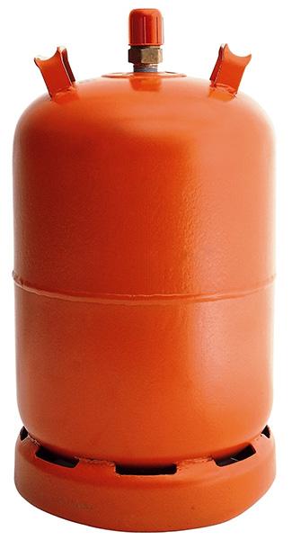 La botella de gas butano debe instalarse al regulador a gas y debe verificarse que no presente fugas ni se encuentre en mal estado. Aquí se contiene el gas combustible para el paellero y es el principal foco de riesgo en la instalación del kit.