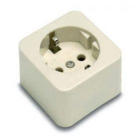 Toma de corriente con TTL 16A/250V~ portacontactos en porcelana Famatel