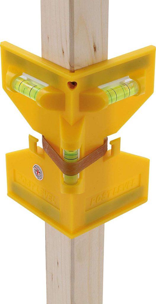 Todas las características del nivel angular de fijacion Kraftmann le otorgan grandes ventajas frente a las otras herramientas de fijación para postes en el mercado.